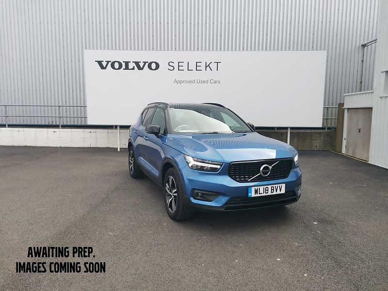 Volvo XC40 T4 AWD R-Design Auto(Front Park Assist, Power Seat, Smartphone Integration)